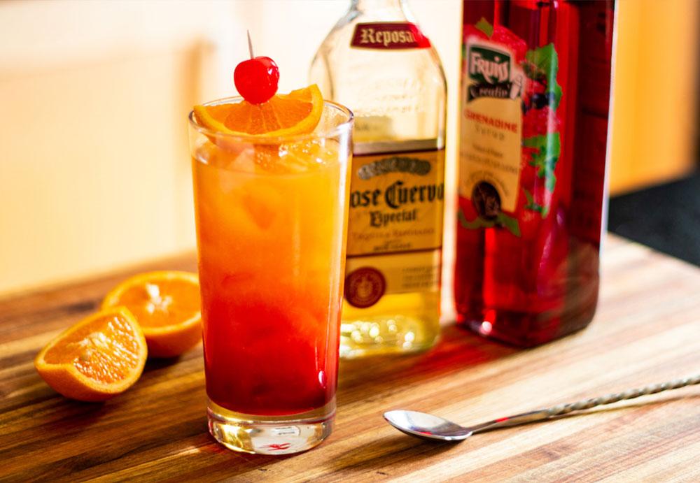 Mick Jagger kedvence: a Tequila Sunrise koktél receptje